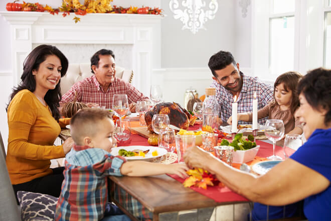 thanksgiving-day-at-the-table