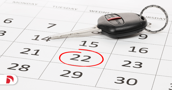 Calendar showing car insurance due date to avoid a lapse in coverage.
